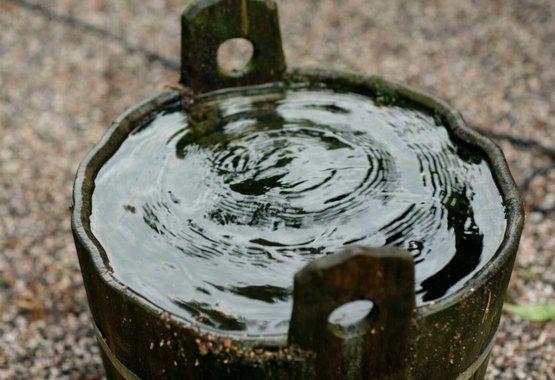 Zadržiavajte dažďovú vodu